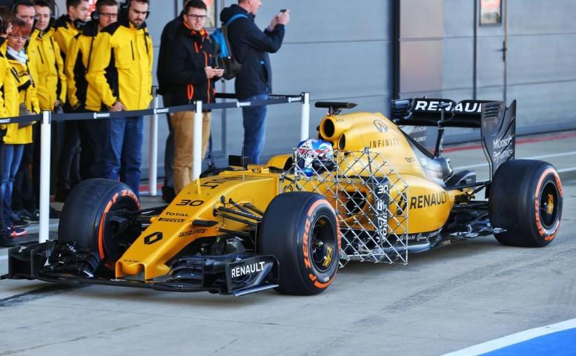 F1 | 戦闘力不足に苦しむルノー、新サスペンションをシルバーストンで比較テスト