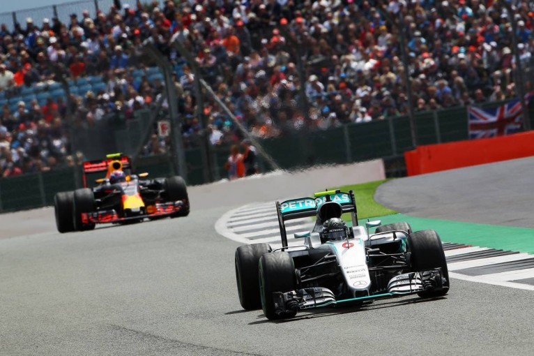 F1 | メルセデス、苦手なハンガロリンクでレッドブルが脅威になると警戒