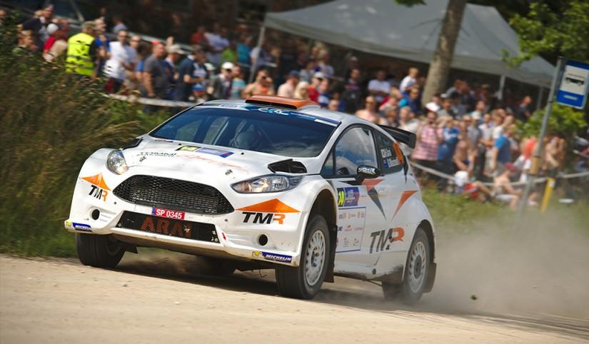 ラリー/WRC   超高速ラリーの洗礼!? 勝田&新井のERC初挑戦は両者クラッシュに終わる