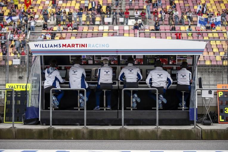 F1 | 無線制限のペナルティは軽すぎる?「10秒加算なら無線を使った方が得」