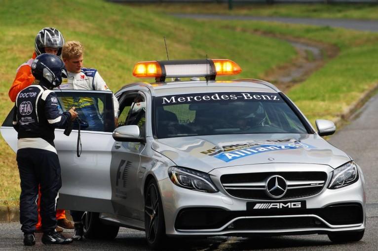 F1   動画:フルウエットとなった予選Q1でエリクソンがクラッシュ/F1ハンガリーGP