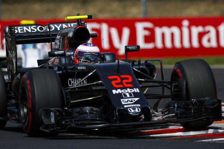 F1 | バトン「F1ドライバーである喜びが失われた」ばかげたペナルティとトラブル連発に苛立ち:マクラーレン・ホンダ ハンガリー日曜