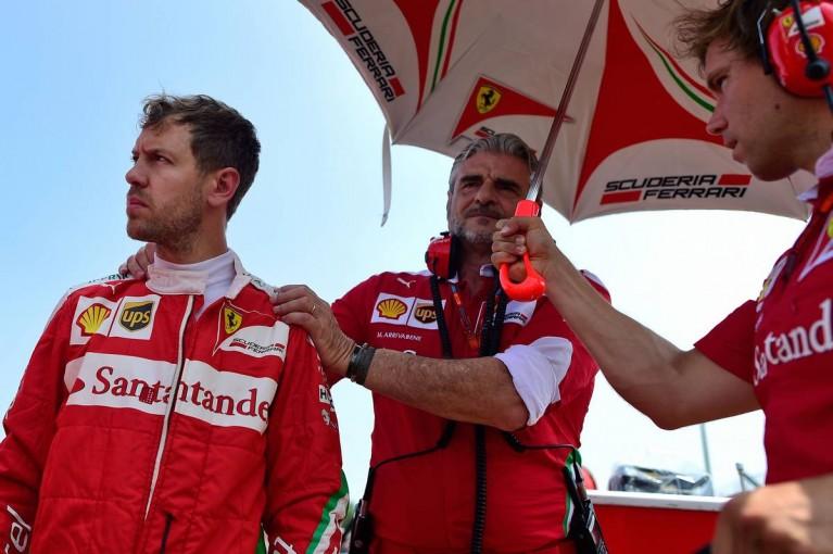 F1   GP topic:アリソン離脱で、現実味を帯びる「ベッテルのフェラーリ離脱説」