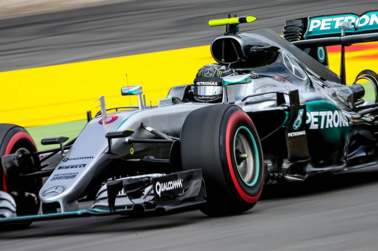 F1   好調ロズベルグが初日トップタイム、8位バトンは「目の検査」で病院へ