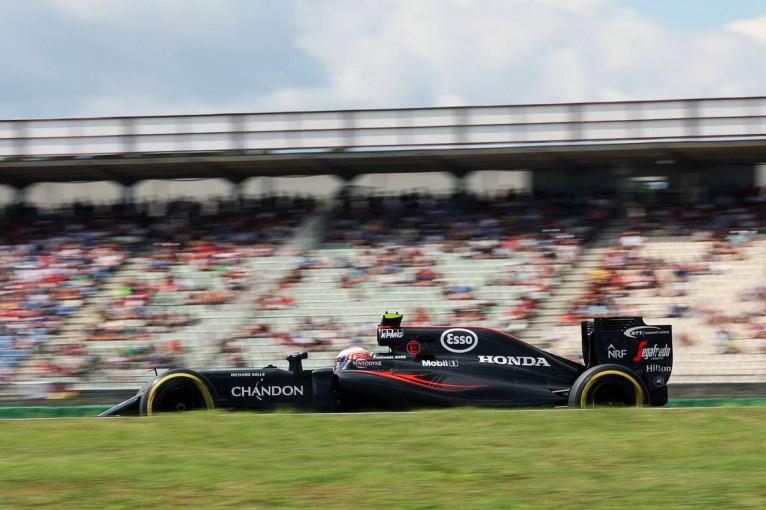 F1 | 予選Q2速報:ここでもハミルトンがトップ、マクラーレン・ホンダは全滅