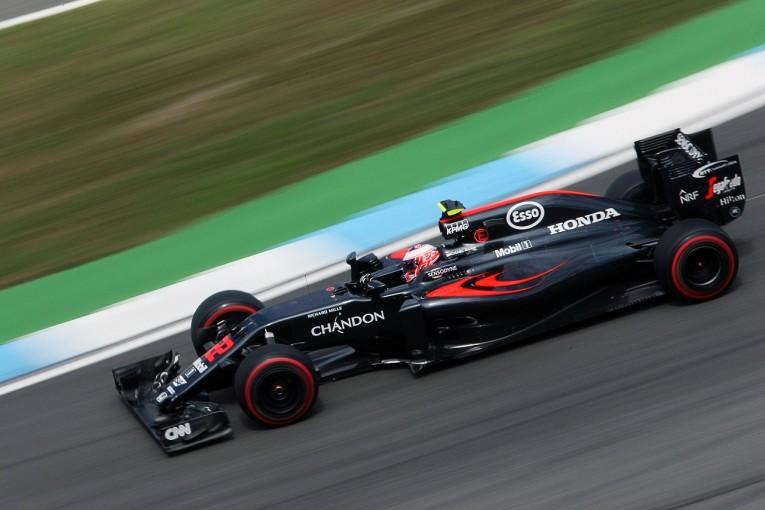 F1 | バトン「今朝もトラブル。不利な状況でアロンソに勝てたのはよかったが…」:マクラーレン・ホンダ ドイツ土曜