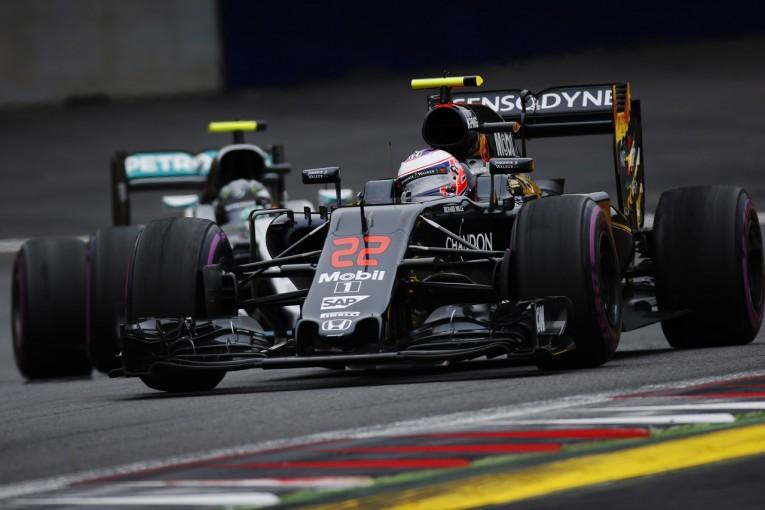 F1 | マクラーレン、メルセデスへの訴訟を検討か。有力エンジニア引き抜きに失敗との報道