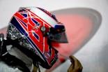 F1 | GP topic:目に異物が入ったバトンのトラブル。いつ破片が入り込んだのか?