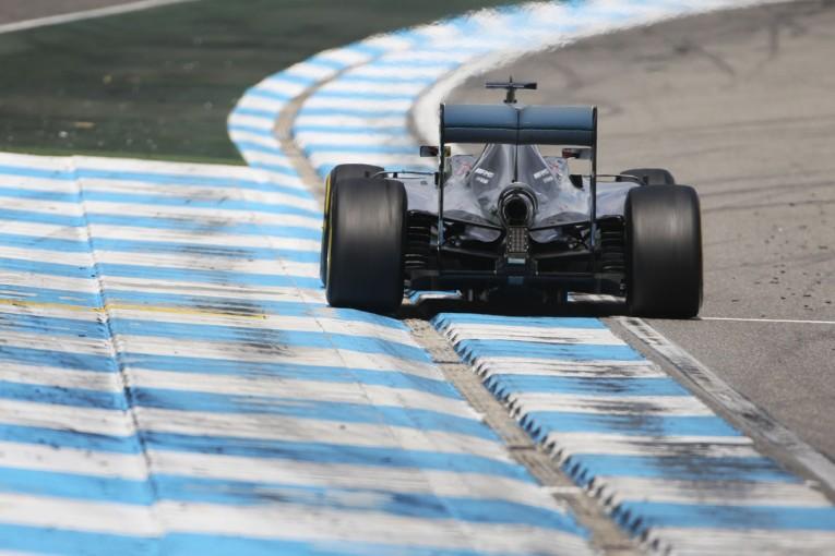 F1   トラックリミット規制にチーム側が反発。「ドライバーを自由に走らせて、ファンに喜んでもらうべき」