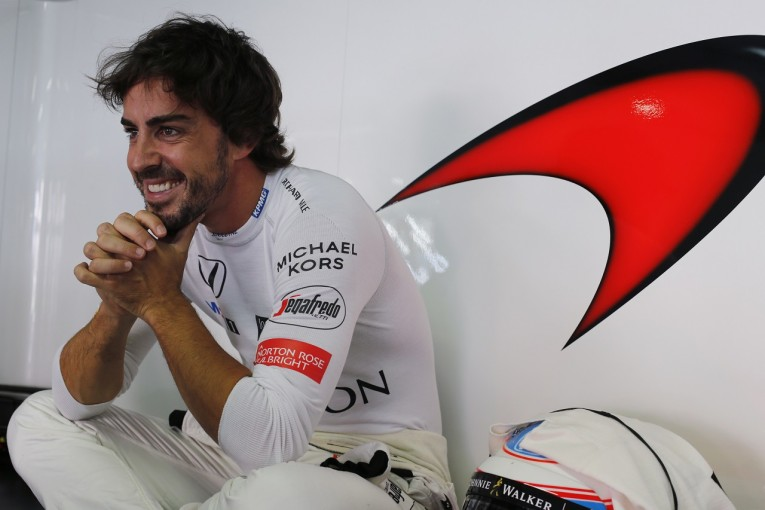 F1   「アロンソは実力的には6回のF1タイトルに値する」