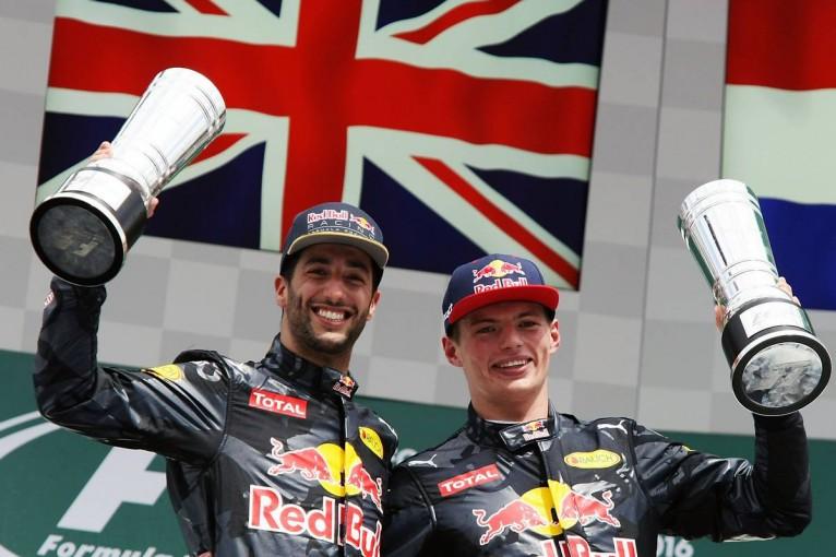F1 | 「マックスはレースマニア」とリカルド。若手加入が限界突破につながったと分析