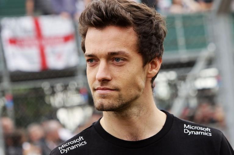 F1 | 苦戦中の新人パーマー、F1の難しさを思い知る「路面もクルマも常に変わっていく」