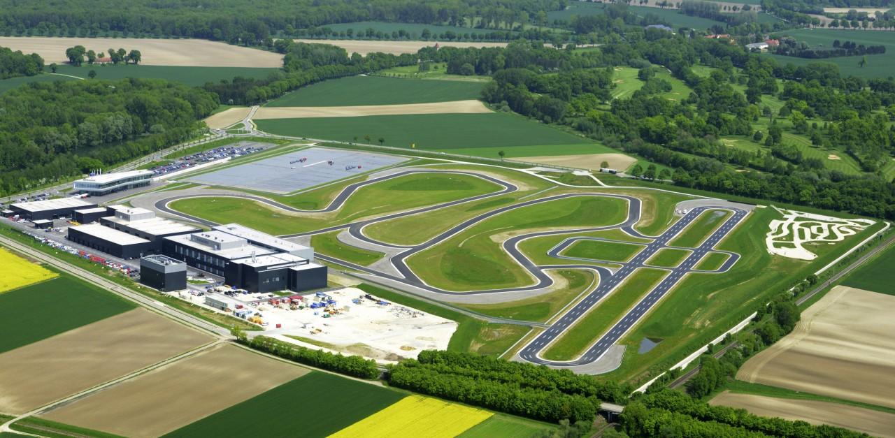 Audiの開発施設兼、ドライビングセンター