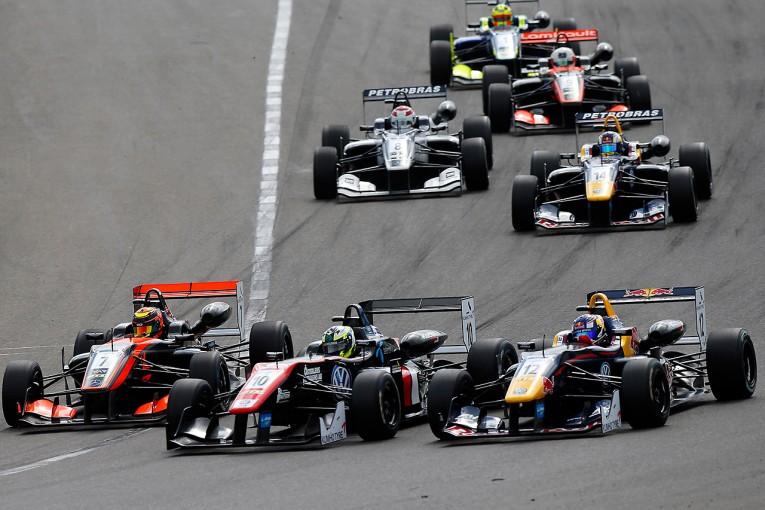 海外レース他 | マスターズF3:エリクソンが優勝、モトパークが表彰台独占を達成
