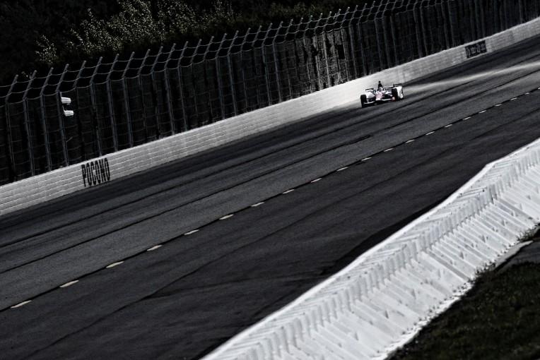 海外レース他   琢磨、予選3番手を活かせなかったクラッシュの原因