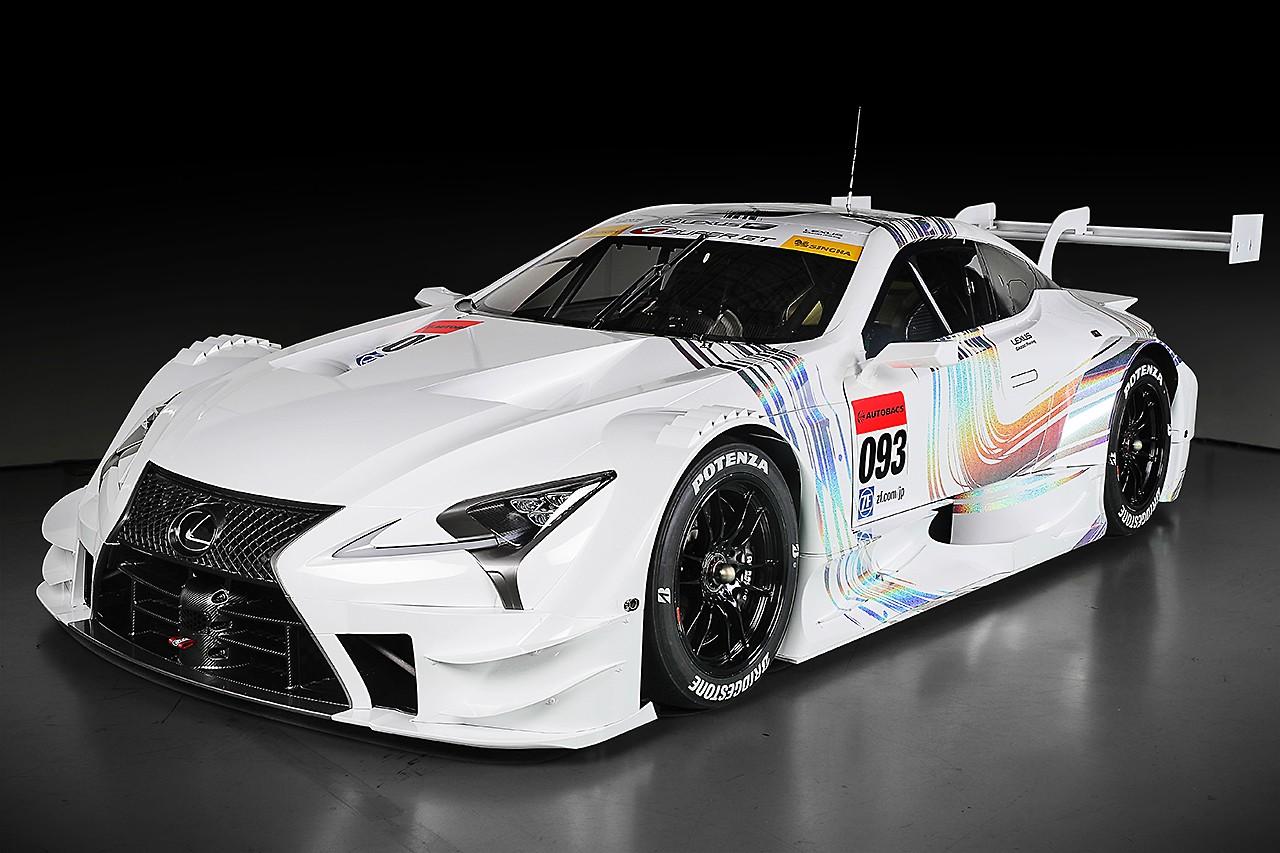 2017年新型GT500車両・レクサスLC500 スタジオショット
