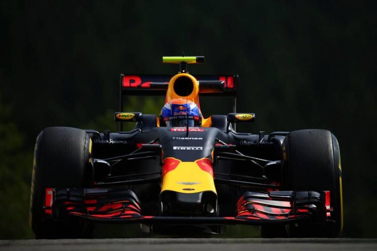 F1 | 初日最速はフェルスタッペン! レッドブルにヒュルケンベルグがトップ3