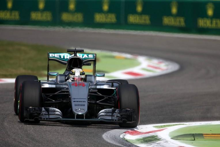F1   午後はハミルトンが首位。マクラーレンはトップ10発進も、アロンソにトラブル
