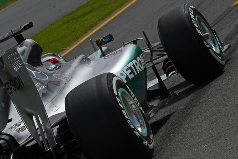 F1   ピレリ、58周レースの最速戦略を発表