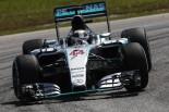 F1   ハミルトンが初日首位、フェラーリもペースで対抗