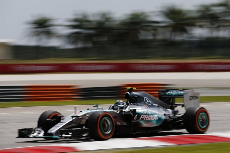 F1   FP3はロズベルグが最速、アロンソ15番手