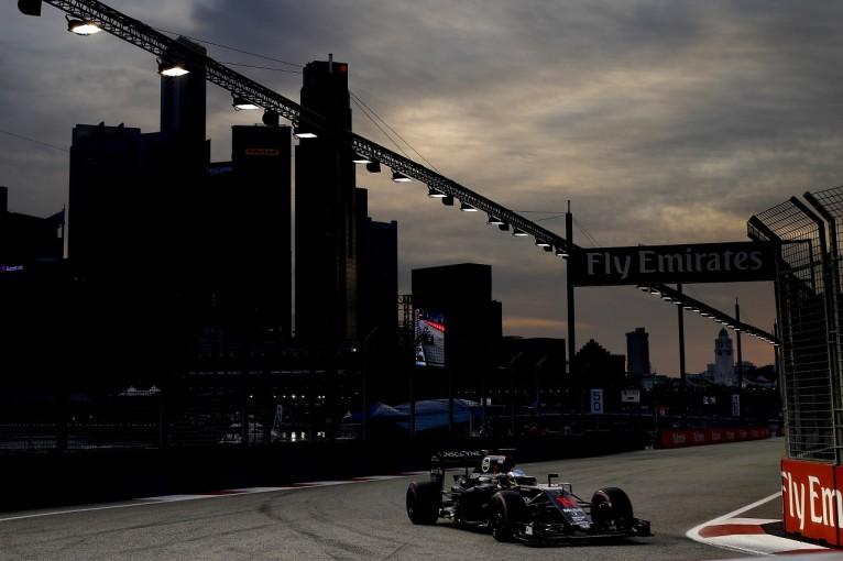 """F1   アロンソ「Q3進出も目指す順位に届かず。それでも""""4番手""""は諦めてない」:シンガポール土曜"""