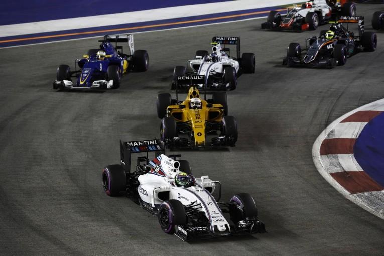 F1 | ボッタス「ターン1にたどり着く前から最悪の事態が始まっていた」:ウイリアムズ シンガポール日曜