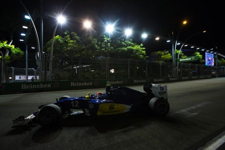 F1   ナッセ「ついてない。スタート直後の事故に巻き込まれた」:ザウバー シンガポール日曜