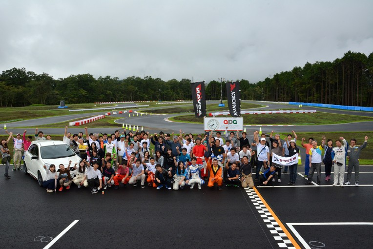 オートパラダイス御殿場で開催された『m+ Cup』には多くのファン、カーターたちが集まった。