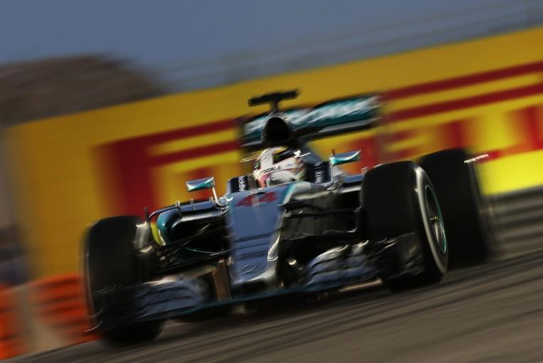 F1 | ハミルトンが4戦連続PP、ベッテルが2番手を奪取