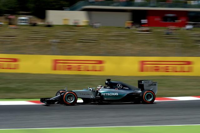 F1   ピレリ、決勝の戦略予測を発表