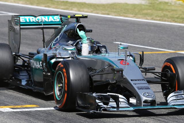 完勝のロズベルグが今季初V、フェラーリは力負け