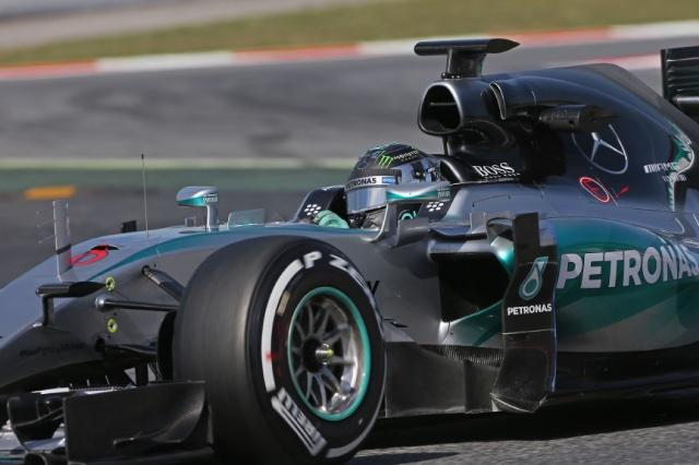 F1   ロズベルグが貫禄のトップ。マクラーレンは最下位