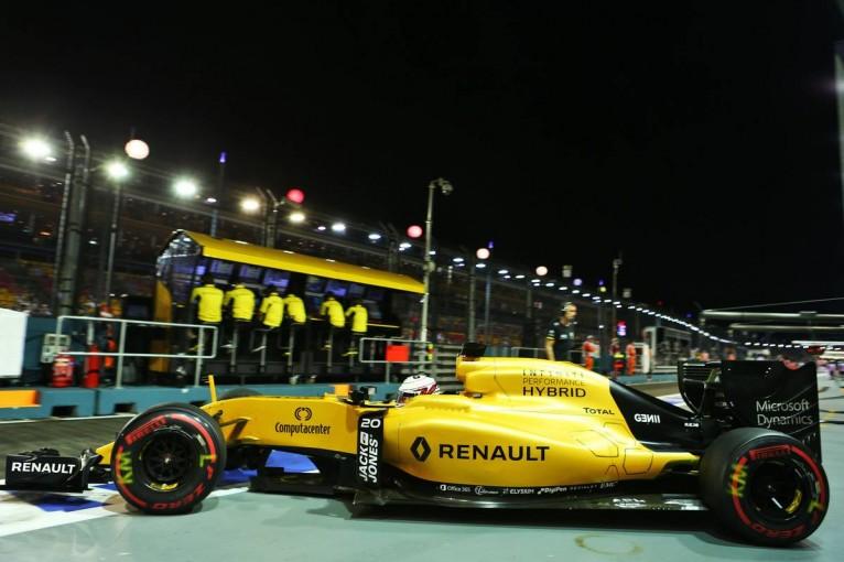 F1   「マシンが不調で評価が困難」ルノーはドライバー決定をさらに先送りにする考え