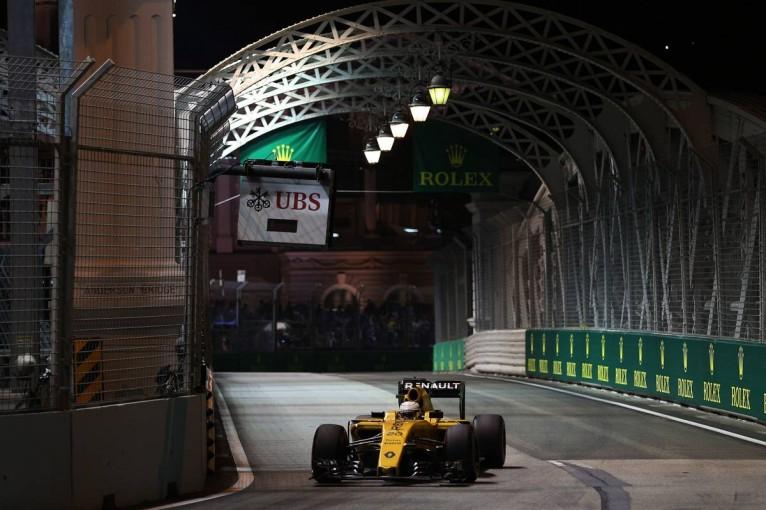F1 | ワークス復帰も苦戦中のルノーF1、原因は組織の「甘さ」。今季の目標はハース逆転