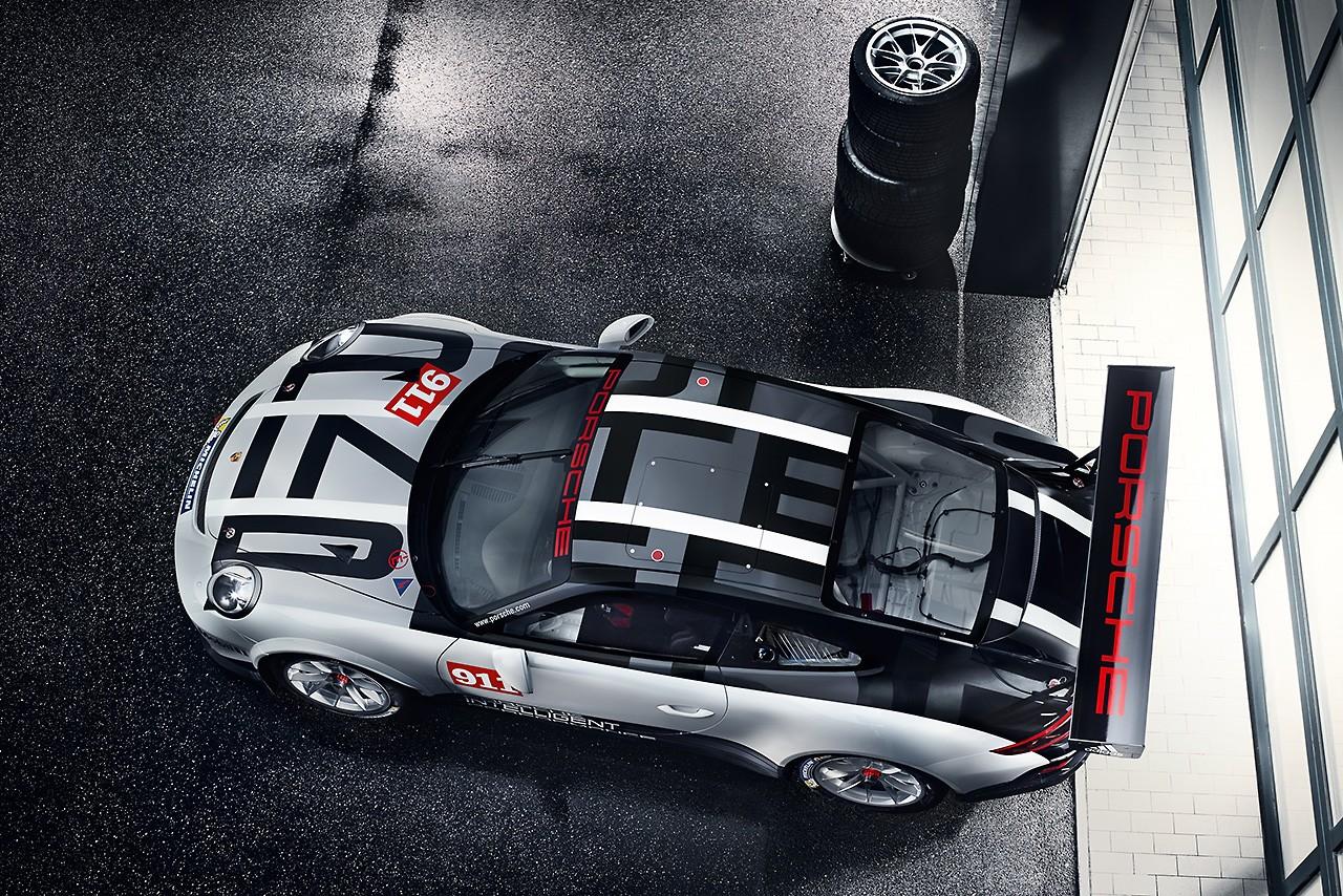 ポルシェ911 GT3 Cupの2017年モデル公開。日本には18年以降投入へ