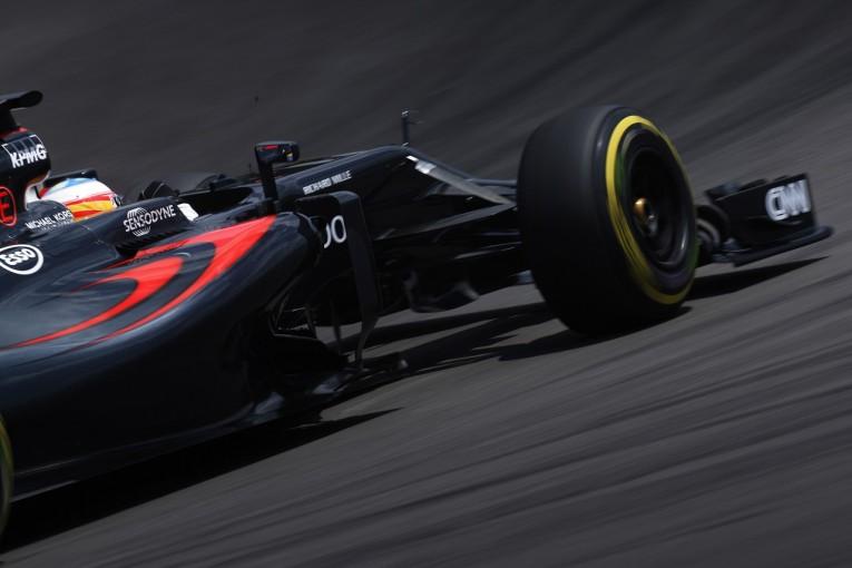 F1   アロンソ、計45グリッド降格へ。さらなるPUエレメント交換、バトンにも新パーツ