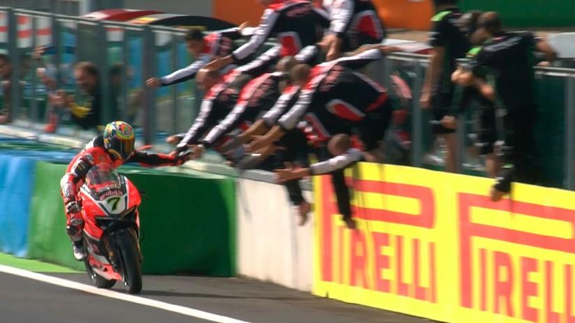 MotoGP | SBK第11戦フランス決勝レース1、チャズ・デイビスが別次元の走りで優勝
