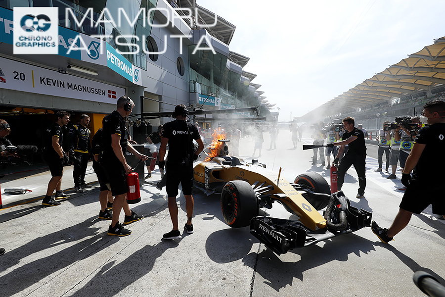 モタスポブログ | Shots!──灼熱のマレーシアで燃えるルノー:熱田カメラマンブログ@マレーシア2回目