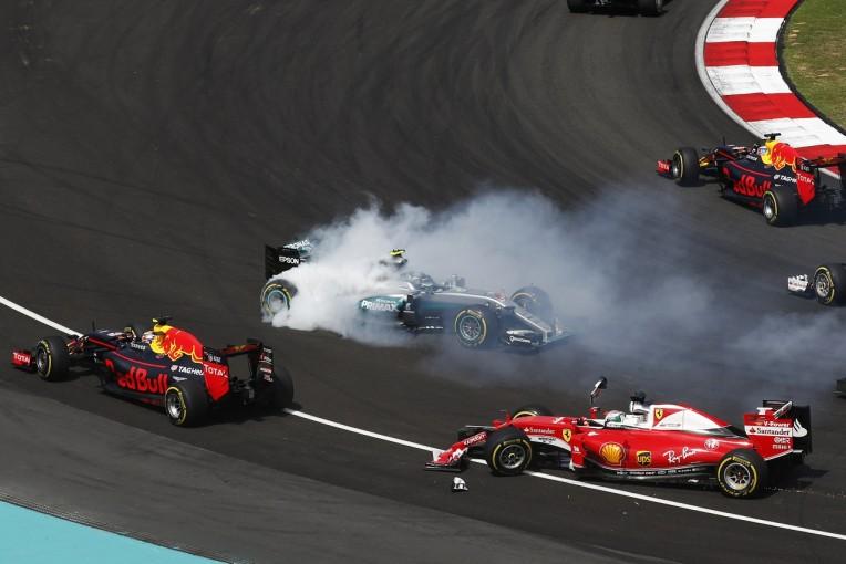 F1 | ロズベルグ、ベッテルからの謝罪を受け入れる。「失ったポイントは戻らないけど…」