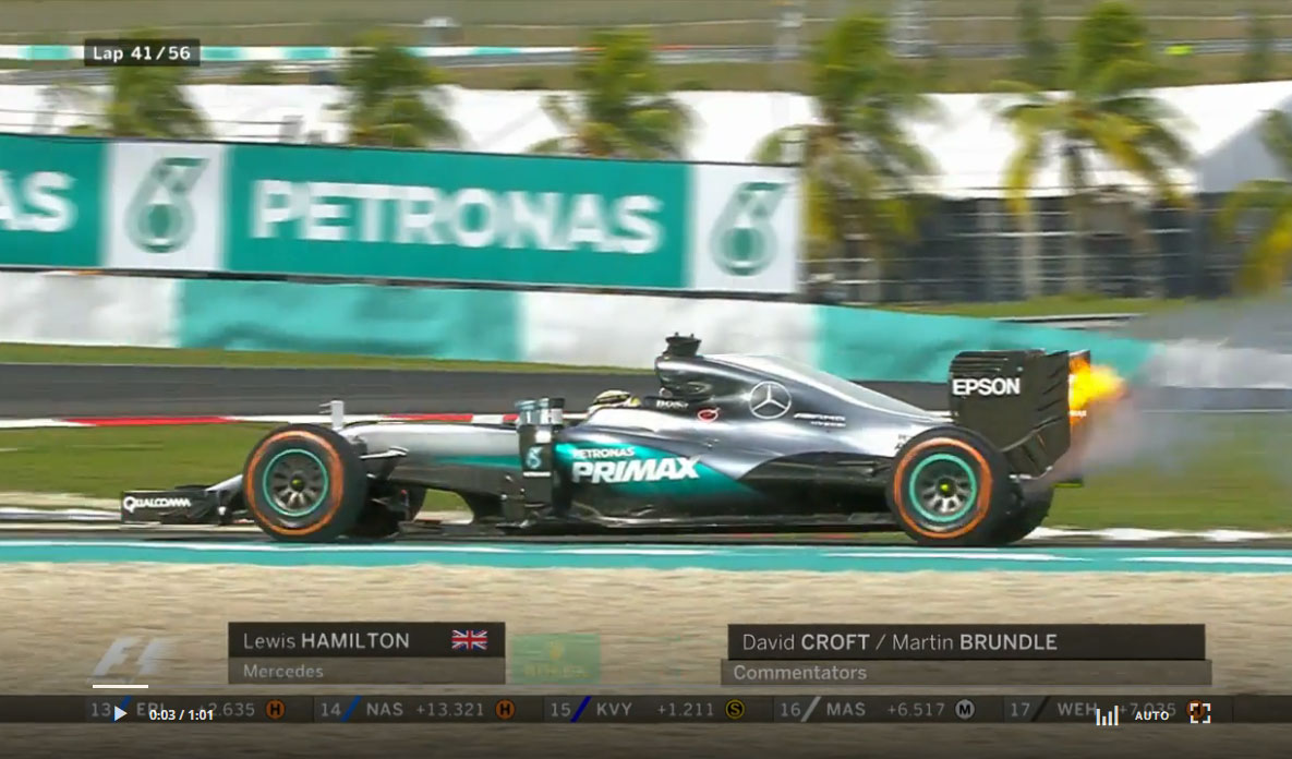 動画:エンジンが火を噴き万事休す、ハミルトン無念のリタイア/F1第16戦マレーシアGP