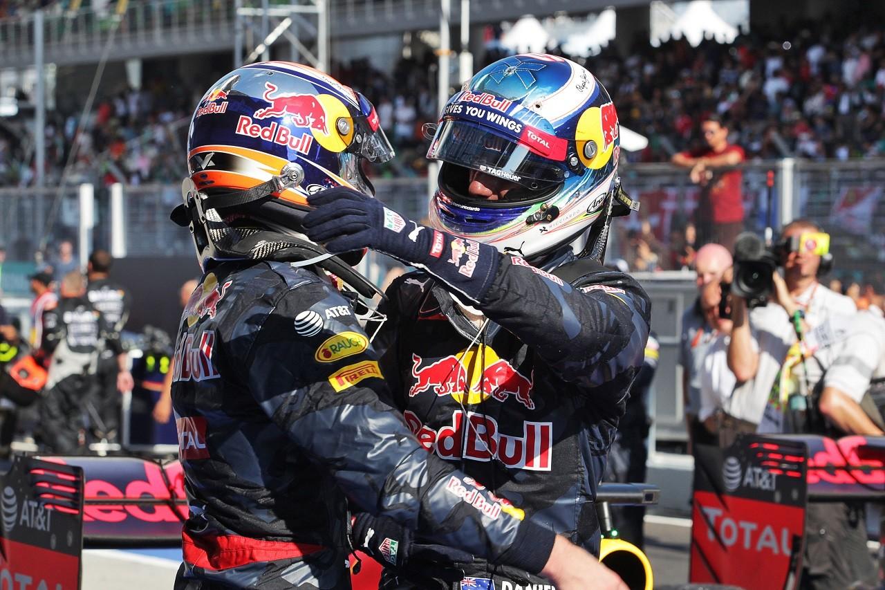 2016年第16戦マレーシアGP ダニエル・リカルドとマックス・フェルスタッペン(レッドブル)