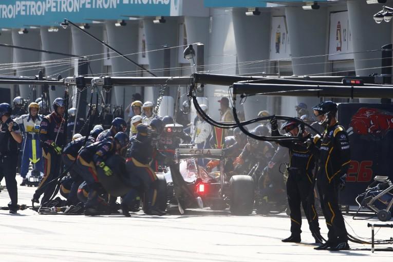 F1 | クビアト「ルノーとの接触で台無しに。鈴鹿で挽回したい」:トロロッソ マレーシア日曜