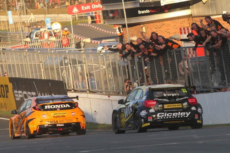 海外レース他 | BTCC:スバル・レヴォーグ連勝も及ばず。シビックのシェドンが逆転王座獲得!