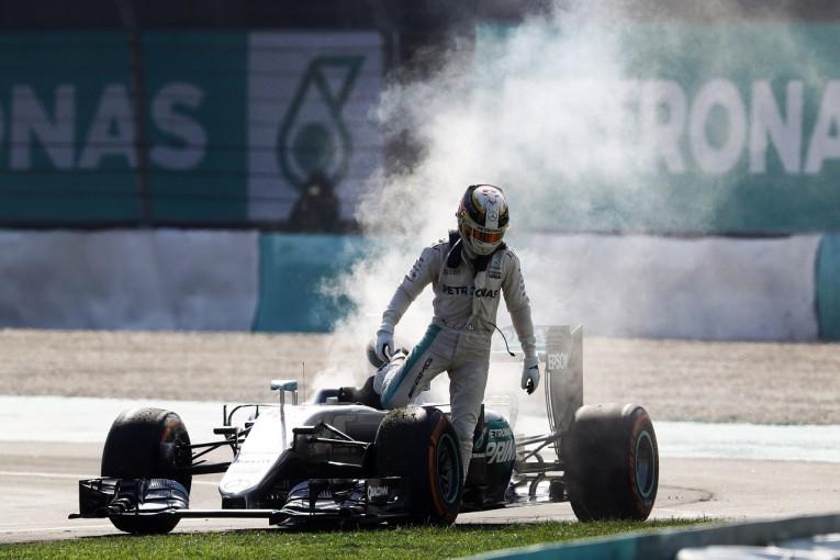 F1 | 「ハミルトンに対するメルセデス陰謀説」をラウダが一蹴