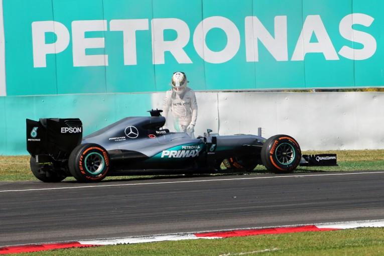 F1 | 「ハミルトンには怒る権利がある」とメルセデス。その後の行動を称賛