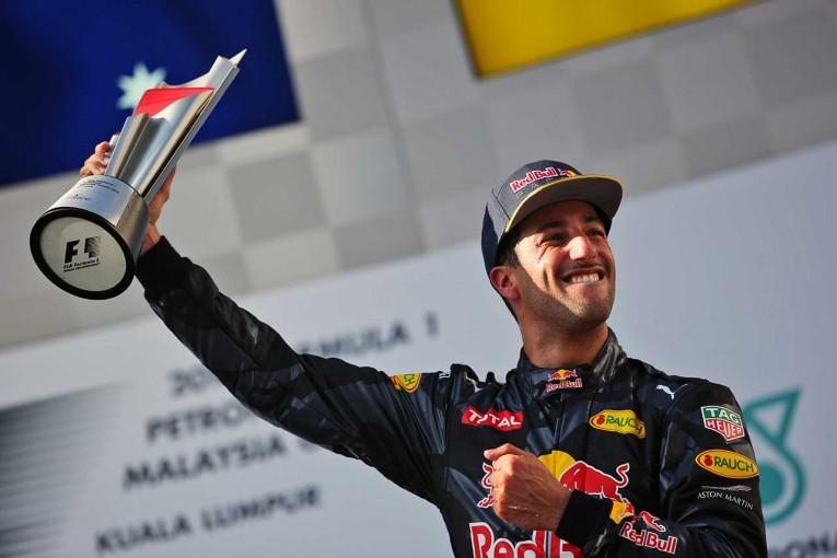 F1 | リカルドがレッドブルの開発力を絶賛「今年はベスト。アップデートがすべて成功」