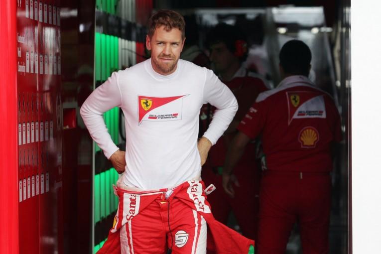 F1   ベッテル「キミほどいいラップを走れなかった。バランスが速さへのカギに」:フェラーリ F1日本GP金曜
