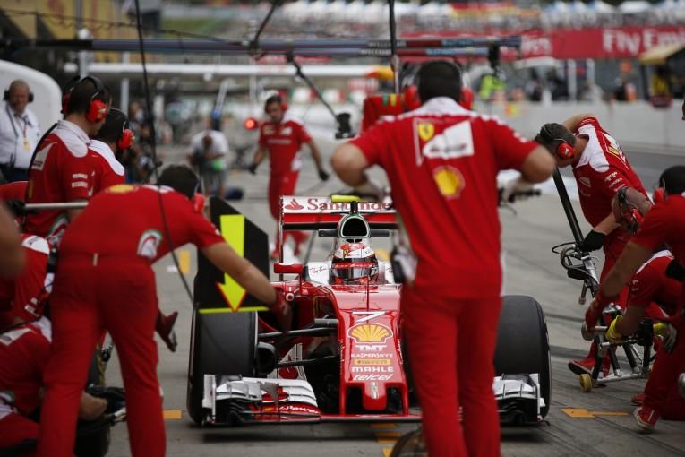 F1   ライコネン不運、3番グリッドを失う。ギヤボックス交換で5位降格/F1日本GP