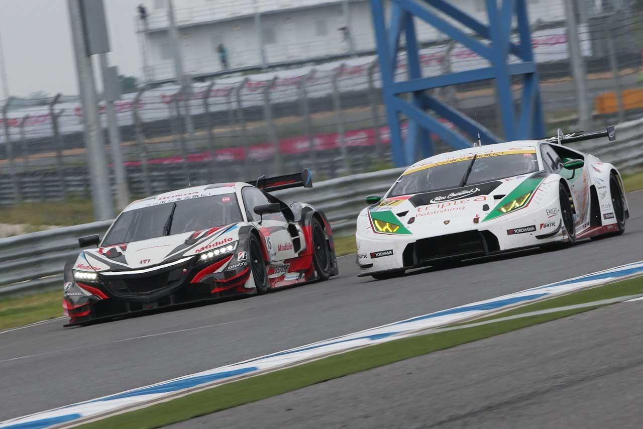 【スーパーGTタイ】日曜フリー、気になるNSXのロングラン。GT300はサファリで1台クラッシュ。